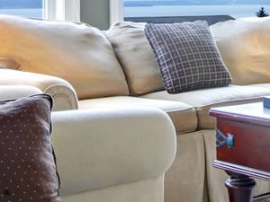 upholstery-clenaing-Denver-CO